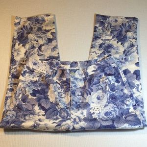 Ralph Lauren summery floral Capri.  -SZ 10 P